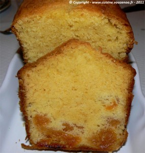 Cake aux abricots moelleux presentation