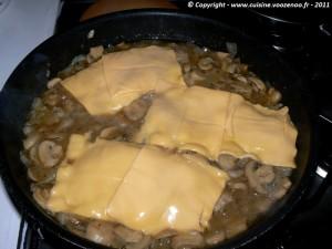 Côtes de porc au fromage fondant et champignons etape4