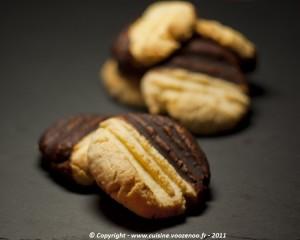 Petits sablés noix de coco chocolat presentation