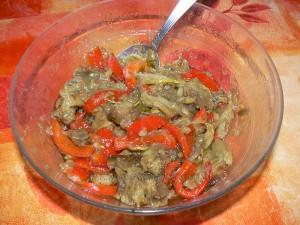 Salade poivrons e taubergines marines fin