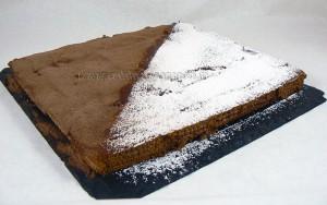 Gateau thé brun chocolat et café presentation