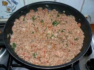 Gratin de viande hachée et courgettes etape1