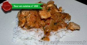 Poulet à la pate de curry rouge une