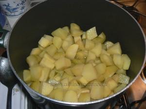 Poelée de pommes de terre et viande hachée etape1