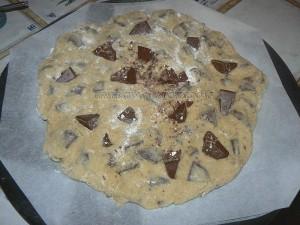 Cookie géant au toblerone etape2