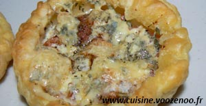 Tartelettes à la tomate et fourme d'Ambert