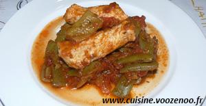 Haricots plats, sauce provençale et bâtons de porc