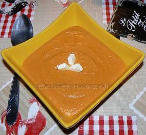 Velouté aux carottes et pois chiches presentation