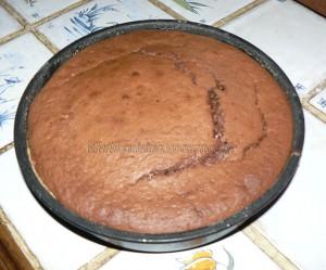 Gâteau au chocolat, finger et fruits rouges pour paques etape2