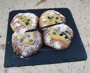 Briochettes à la crème pâtissiere et myrtilles fin3