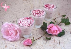 Verrines roses, jambon et radis presentation