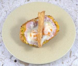 Egg boats : courge spaghettis, bacon, oeufs et comte fin