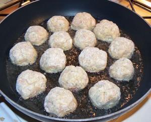 Boulettes de poulet, sauce coco et citron vert etape3