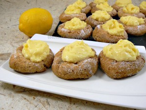 Biscuits empreintes au lemon curd presentation