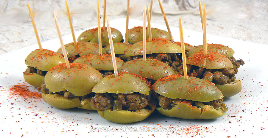 Olives vertes farcies slider