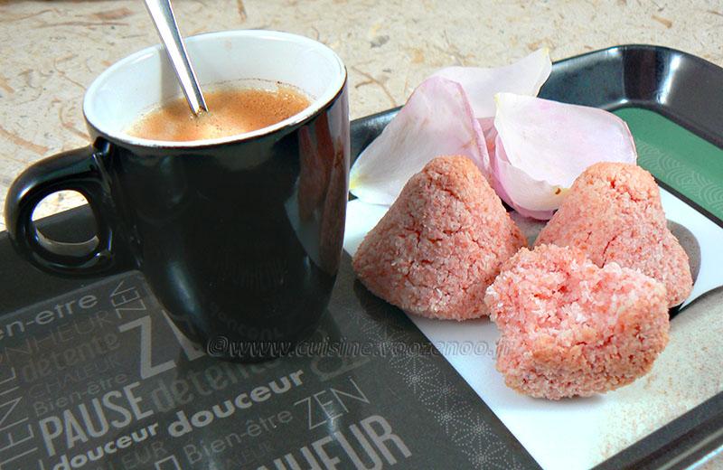 rochers coco et poudre rose une cuisine pour voozenoo. Black Bedroom Furniture Sets. Home Design Ideas