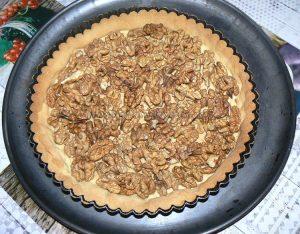 Tarte aux noix et caramel, glaçage à l'abricot étape10