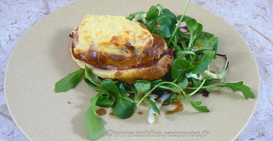 Croissants au jambon et béchamel slider