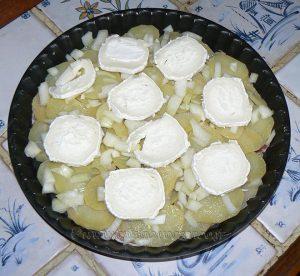 Tatin aux pommes de terre, lard et chèvre etape3