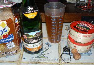 Tartines au camembert et caramel de cidre etape1
