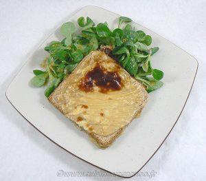 Tartines au camembert et caramel de cidre fin