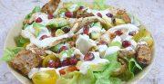Blancs de poulet marinés en salade